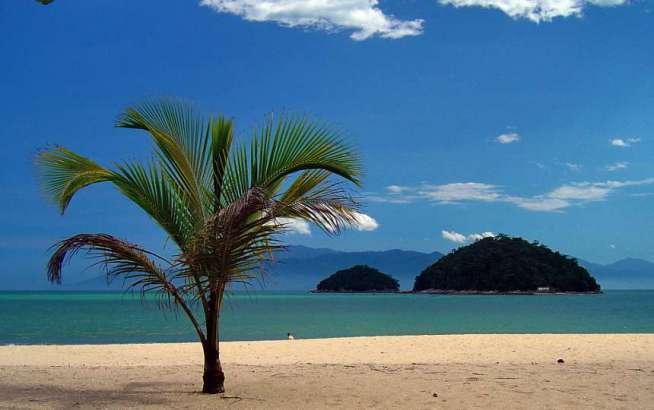 Caraguatatuba tem praias, ilhas e lagoa