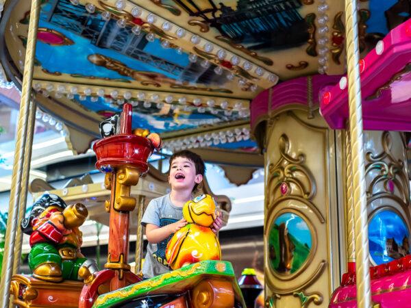 Clima de parquinho: Shopping Parque da Cidade oferece brincadeiras gratuitas para a família