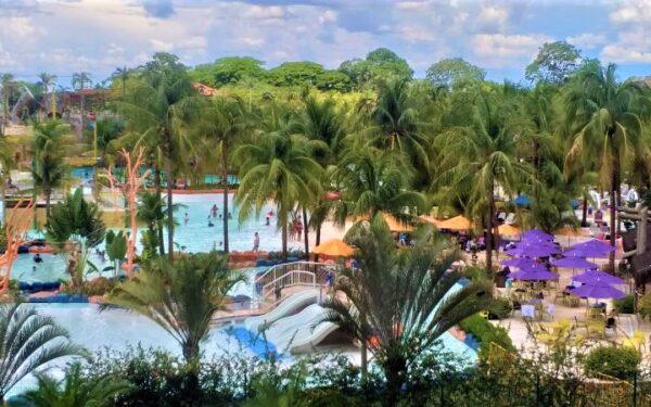 Hot Beach Parque & Resorts dá desconto de até 50% na Semana do Consumidor para viajar depois